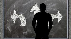 2025年問題、2030年問題とは?超高齢社会による人材不足とその対策