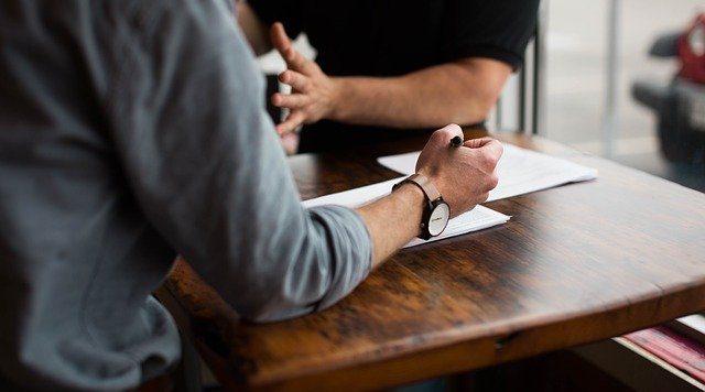 採用担当者の選び方、新卒採用の流れを紹介