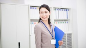 派遣契約、業務委託の違いは?契約の禁止事項等について