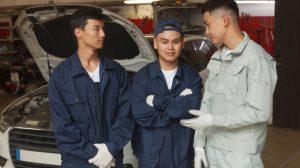 外国人労働者、受け入れるのメリットとは?受け入れ制度や流れについて