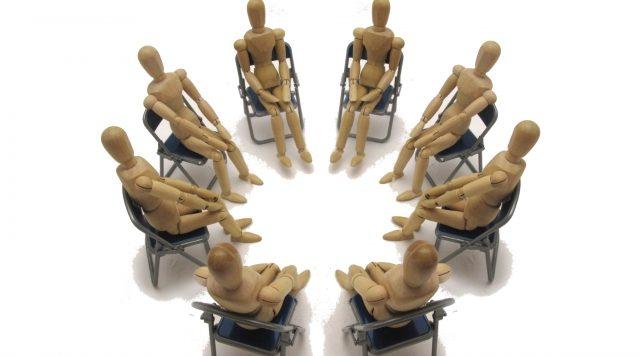 座談会とは?企業が説明会を行う意味とメリット、進め方について