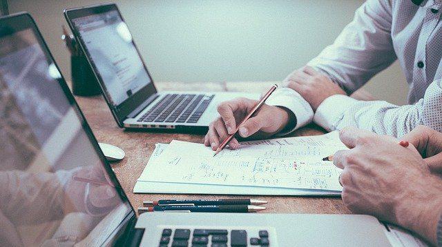 中小企業が新卒採用を成功させるポイントは?事例、おすすめサービスも紹介