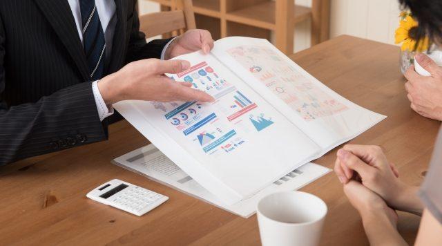 リクルートパンフレットとは?作り方・効果的な活用方法などを紹介